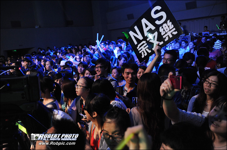 余文乐不是明星广州live音乐会  www.robpic.com