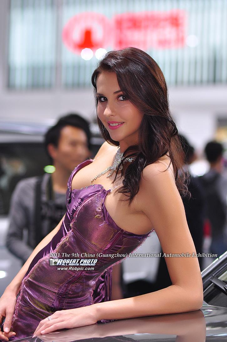 2011第九届广州国际车展 车模   www.robpic.com