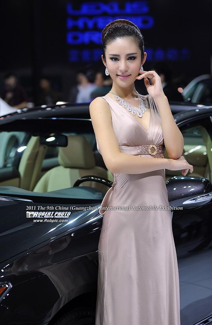 2011第九届广州国际车展 雷克萨斯车模   www.robpic.com
