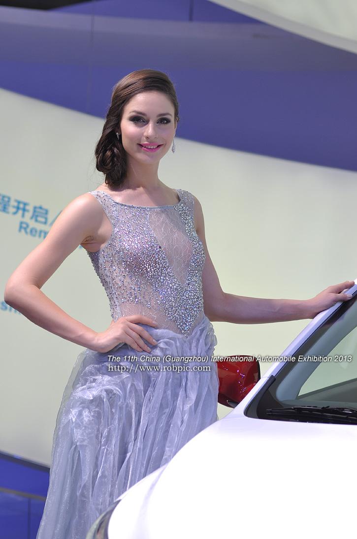 2013广州国际车展车模  www.robpic.com
